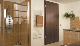 Fa és fa hatású beltéri ajtó