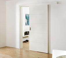 Lenteam beltéri ajtó fal előtt futó tolóajtó White Art 101 lakkozott fehér